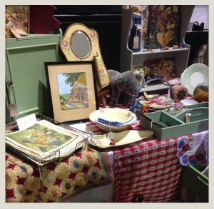 All Things Vintage And Beautiful Stall